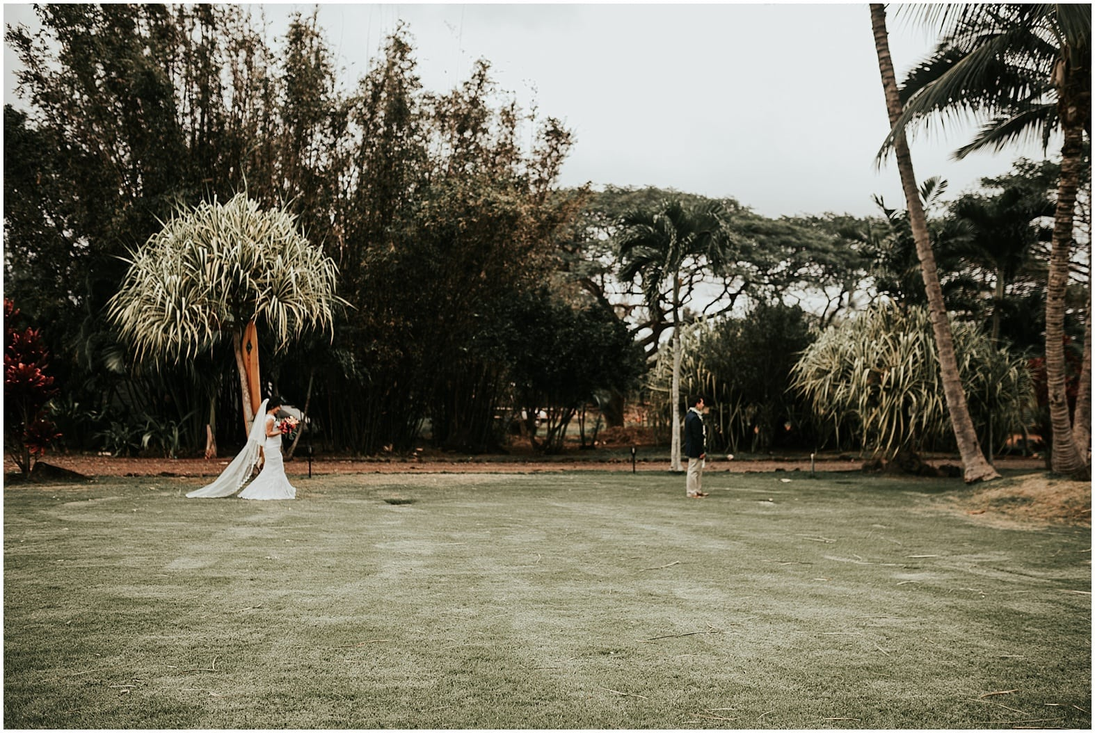 Oahu wedding photographer22
