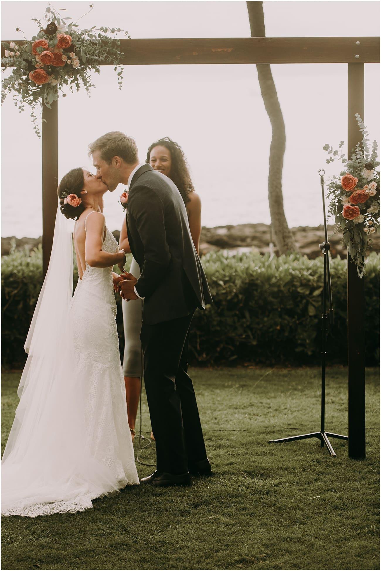 Oahu wedding Lanikuhonua37