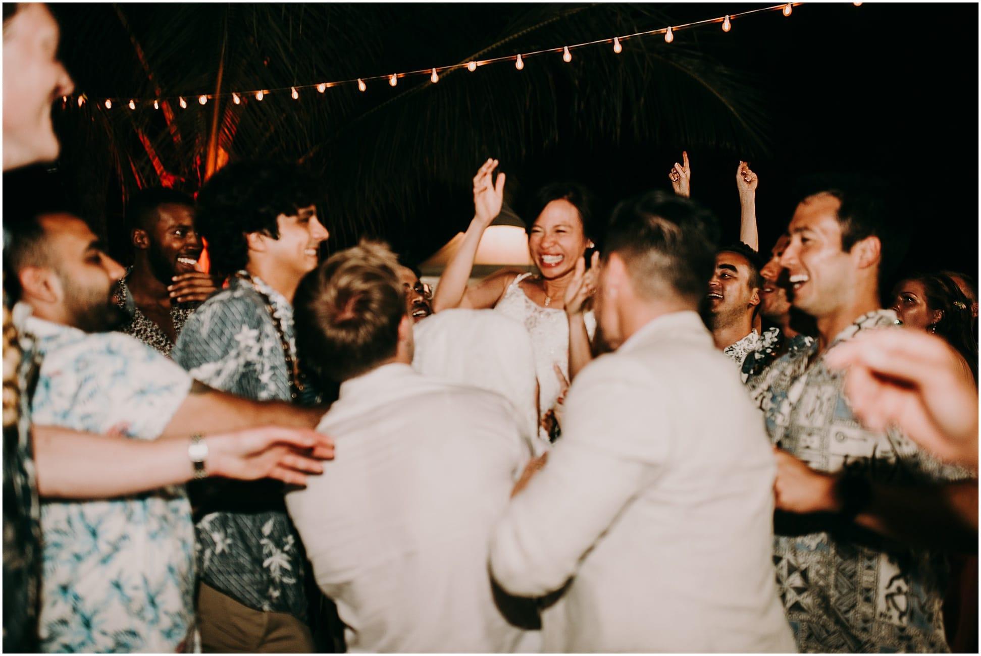 Oahu wedding Lanikuhonua76